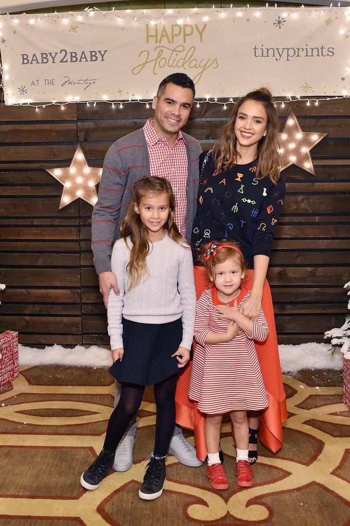 Джессика Альба и Кэш Уоррен с дочерьми