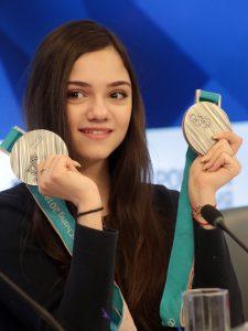 Евгения Медведева ушла от тренера